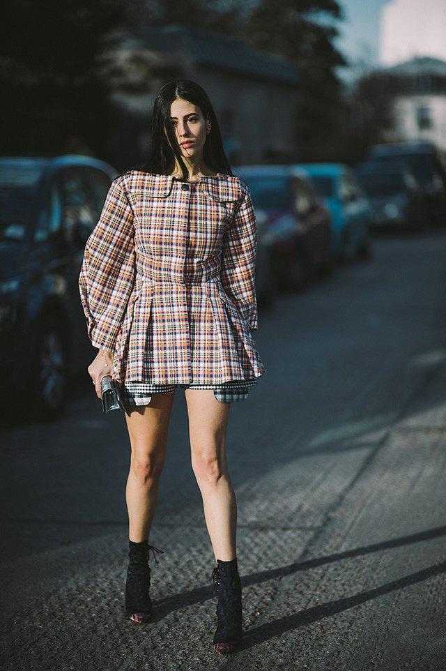 Street style на Неделе высокой моды в Париже весна-лето 2016 фото №19