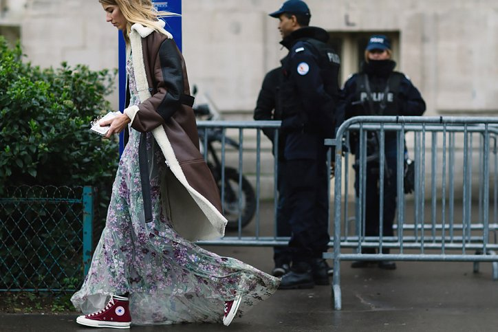 Street style на Неделе высокой моды в Париже весна-лето 2016 фото №22