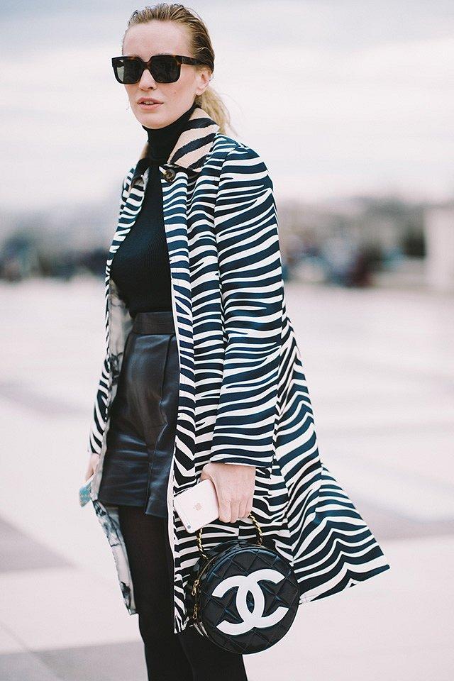 Street style на Неделе высокой моды в Париже весна-лето 2016 фото №34