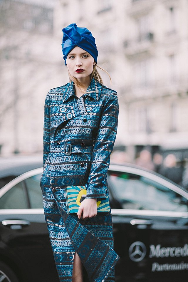 Street style на Неделе высокой моды в Париже весна-лето 2016 фото №35
