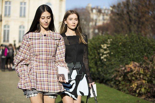 Street style на Неделе высокой моды в Париже весна-лето 2016 фото №2