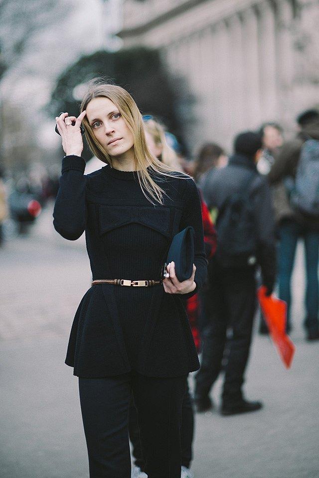 Street style на Неделе высокой моды в Париже весна-лето 2016 фото №42