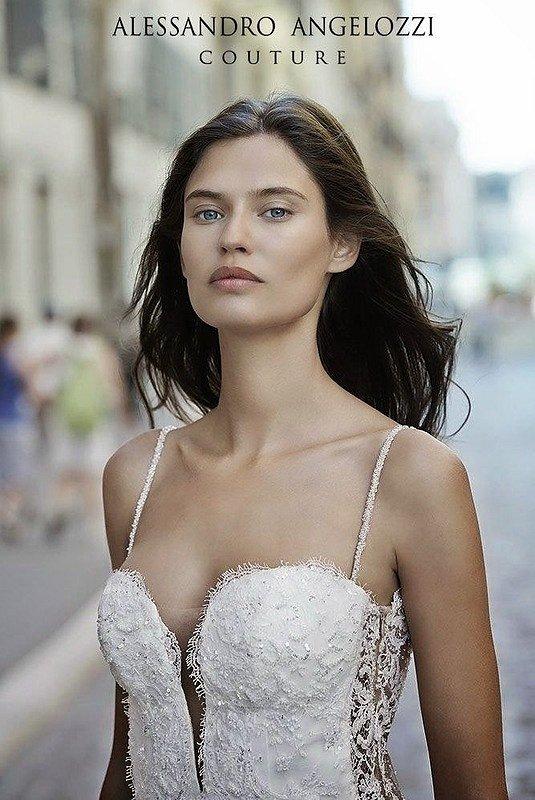 Свадебные платья Alessandro Angelozzi Couture 2015 фото №11