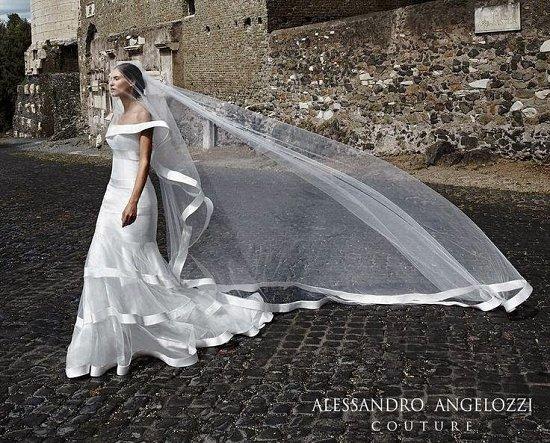 Свадебные платья Alessandro Angelozzi Couture 2015 фото №15