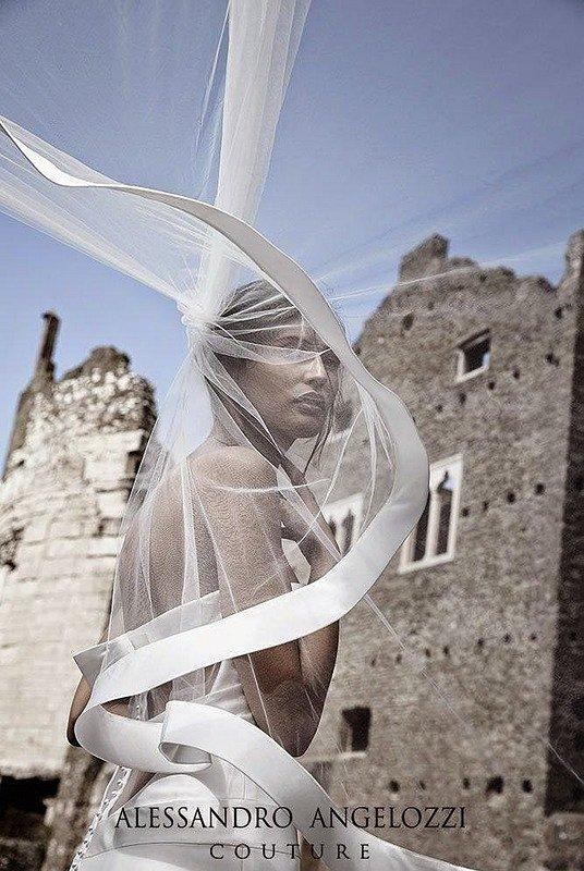 Свадебные платья Alessandro Angelozzi Couture 2015 фото №16