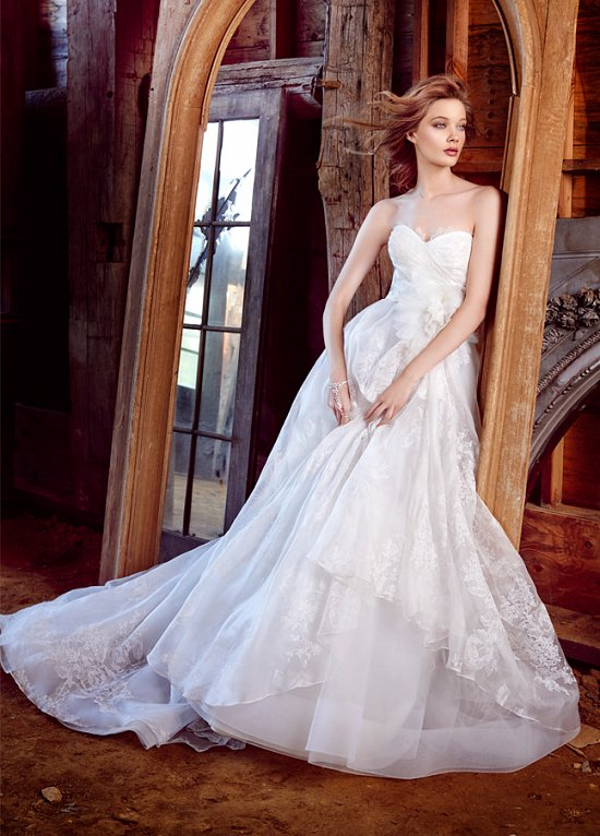 Свадебные платья Lazaro осень-зима 2015-2016 фото №7