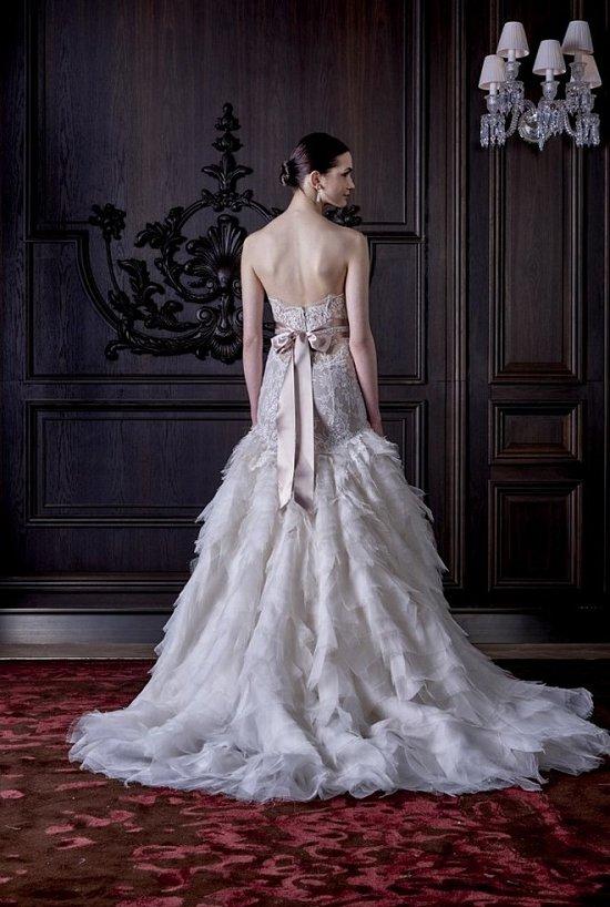 Свадебные платья Monique Lhuillier весна 2016 фото №30