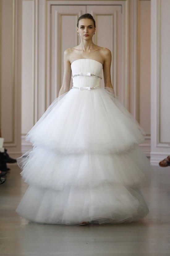 Свадебные платья Oscar de la Renta весна 2016 фото №25