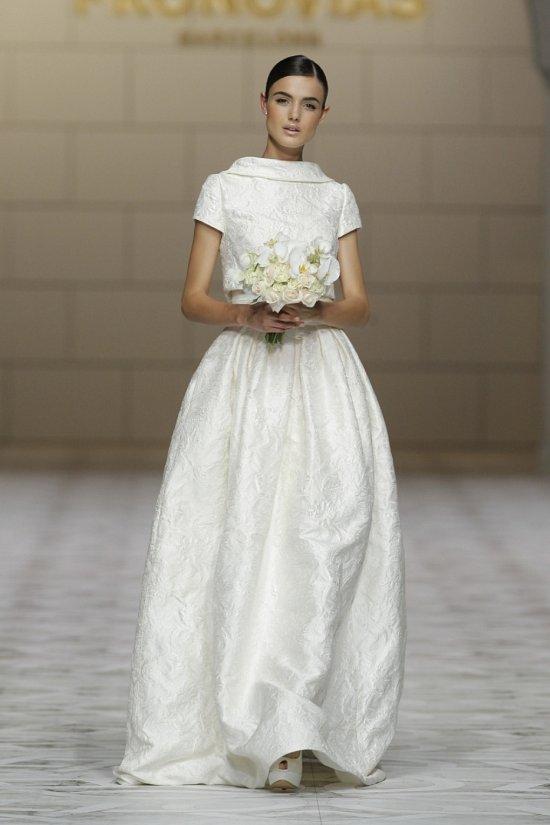 Свадебные платья Pronovias весна-лето 2015 фото №12