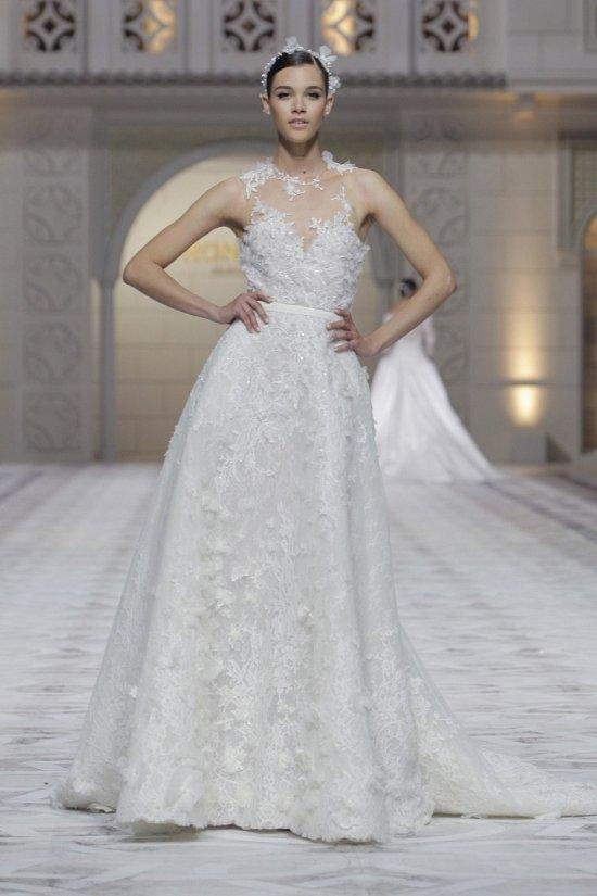 Свадебные платья Pronovias весна-лето 2015 фото №23