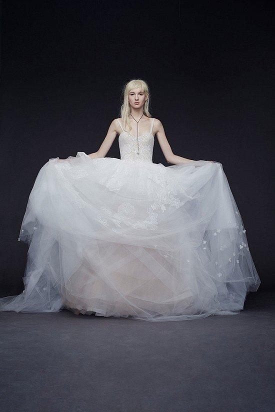 Свадебные платья Vera Wang осень-зима 2015-2016 фото №8