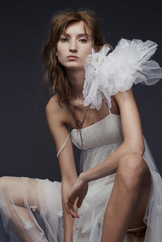 Свадебные платья Vera Wang осень-зима 2015-2016 фото №9
