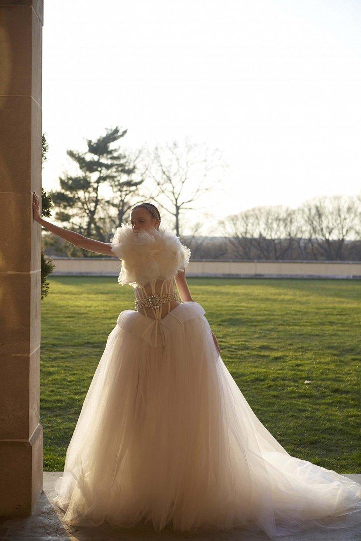 Свадебные платья Vera Wang весна 2017 фото №12