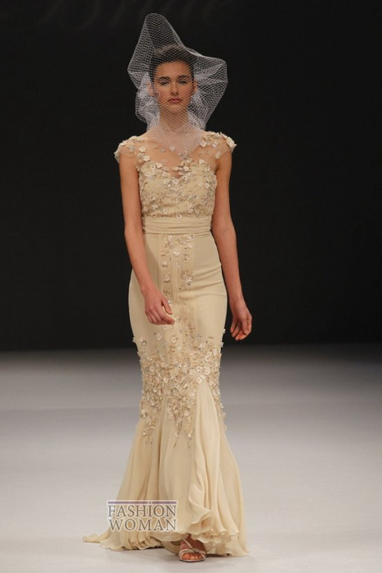Бежевое свадебное платье Badgley Mischka