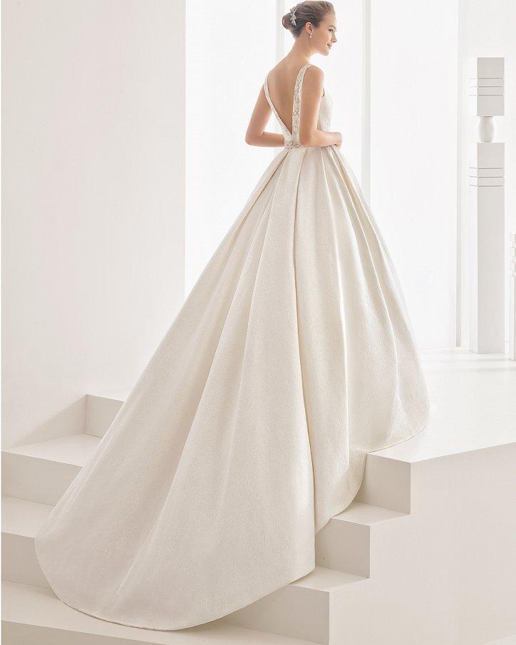 Свадебные платья весна 2017: Rosa Clara фото №32