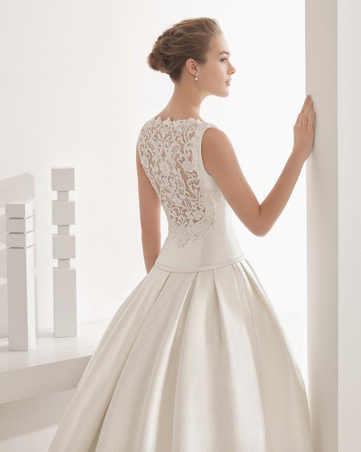 Свадебные платья весна 2017: Rosa Clara фото №38