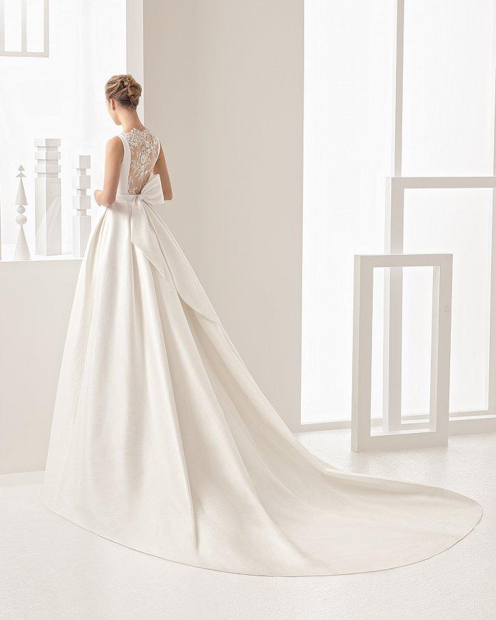Свадебные платья весна 2017: Rosa Clara фото №50