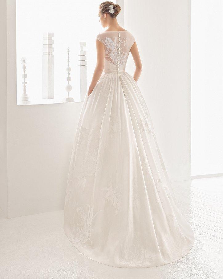 Свадебные платья весна 2017: Rosa Clara фото №54