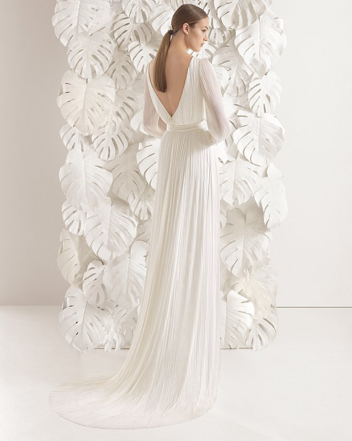 Свадебные платья весна 2017: Rosa Clara фото №60