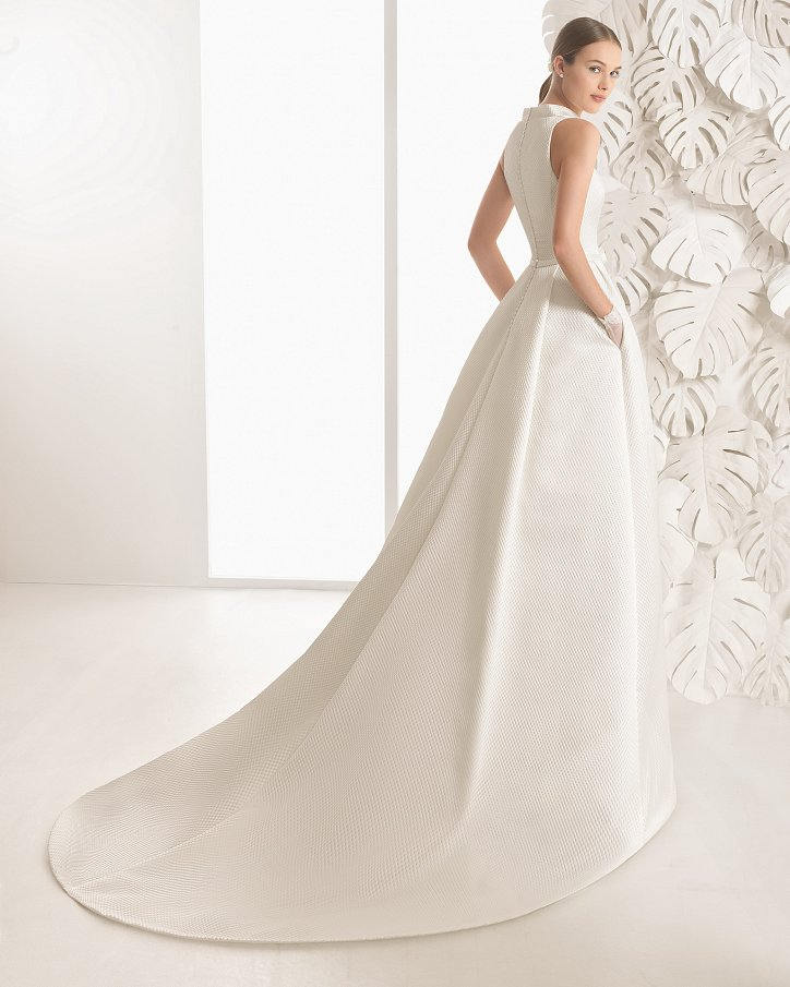 Свадебные платья весна 2017: Rosa Clara фото №71