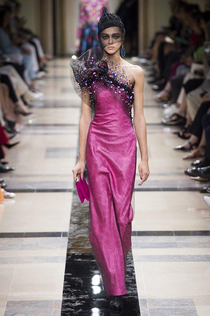 Топ-25 лучших вечерних платьев из коллекций Haute Couture осень 2017 фото №7