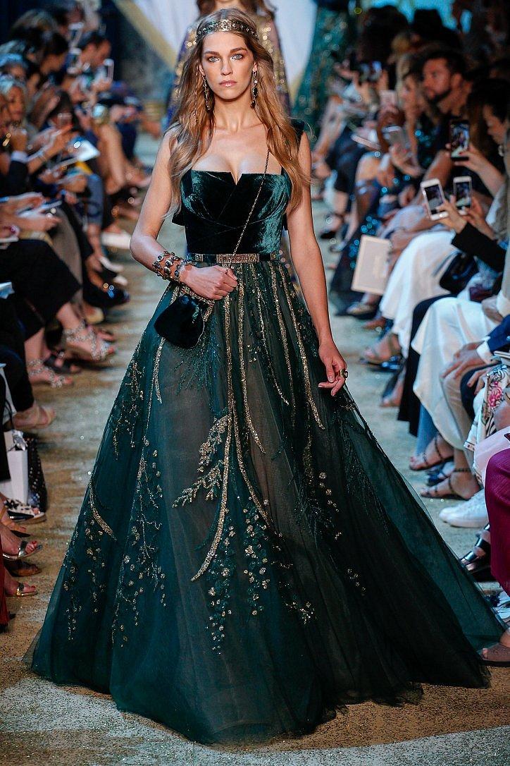 Топ-25 лучших вечерних платьев из коллекций Haute Couture осень 2017 фото №13