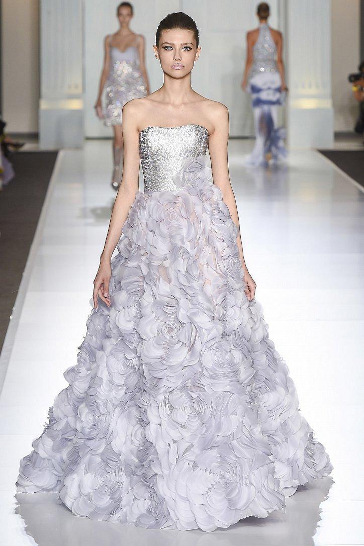 Топ-25 лучших вечерних платьев из коллекций Haute Couture осень 2017 фото №18