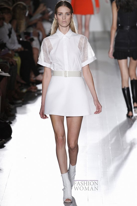 Тренд сезона - белая рубашка фото №4