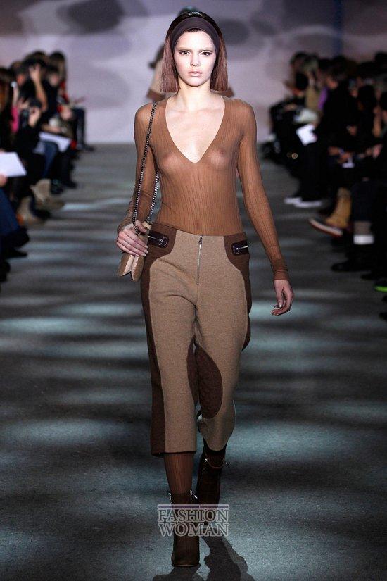 Укороченные брюки - модный тренд сезона фото №28