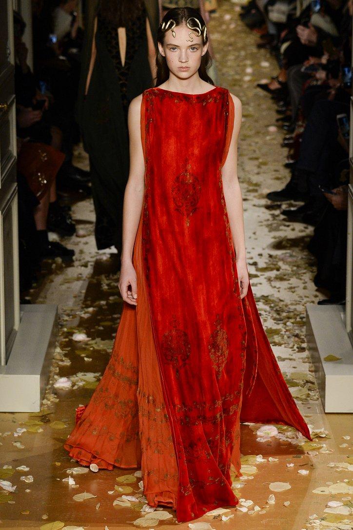Valentino Haute Couture весна 2016 фото №3