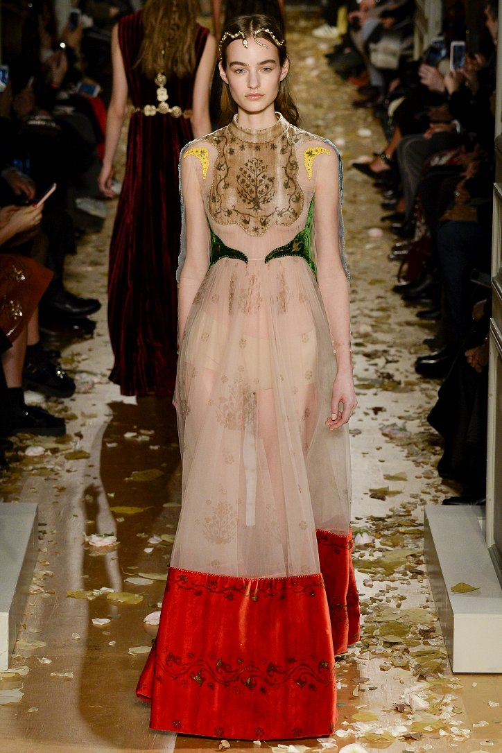 Valentino Haute Couture весна 2016 фото №11