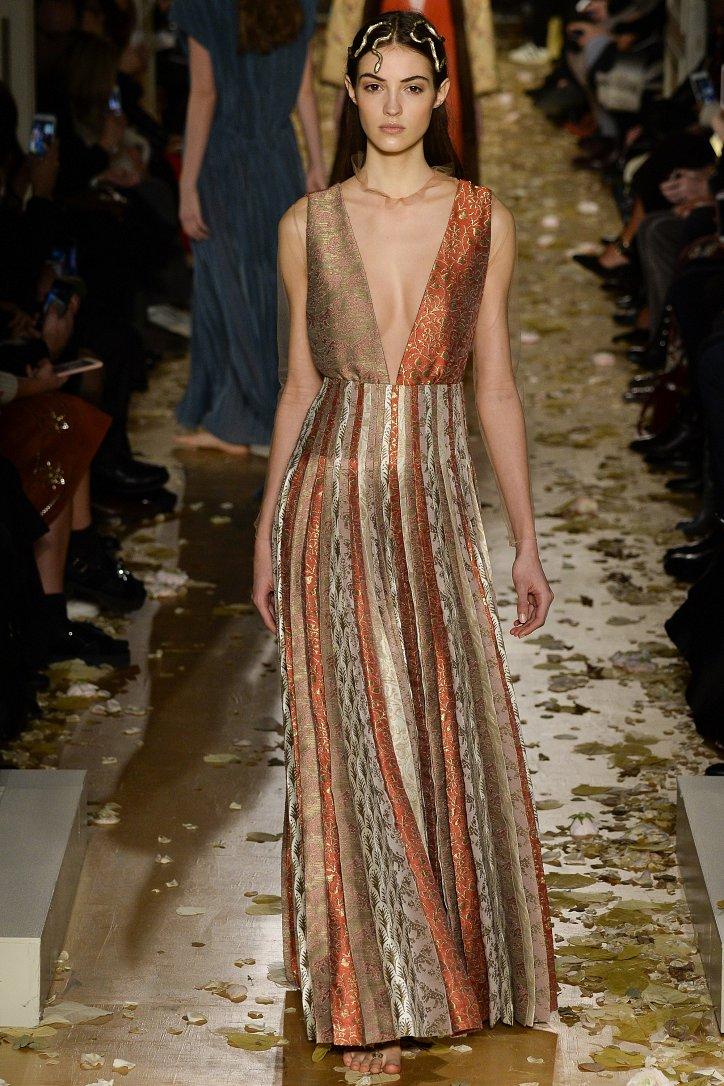 Valentino Haute Couture весна 2016 фото №16