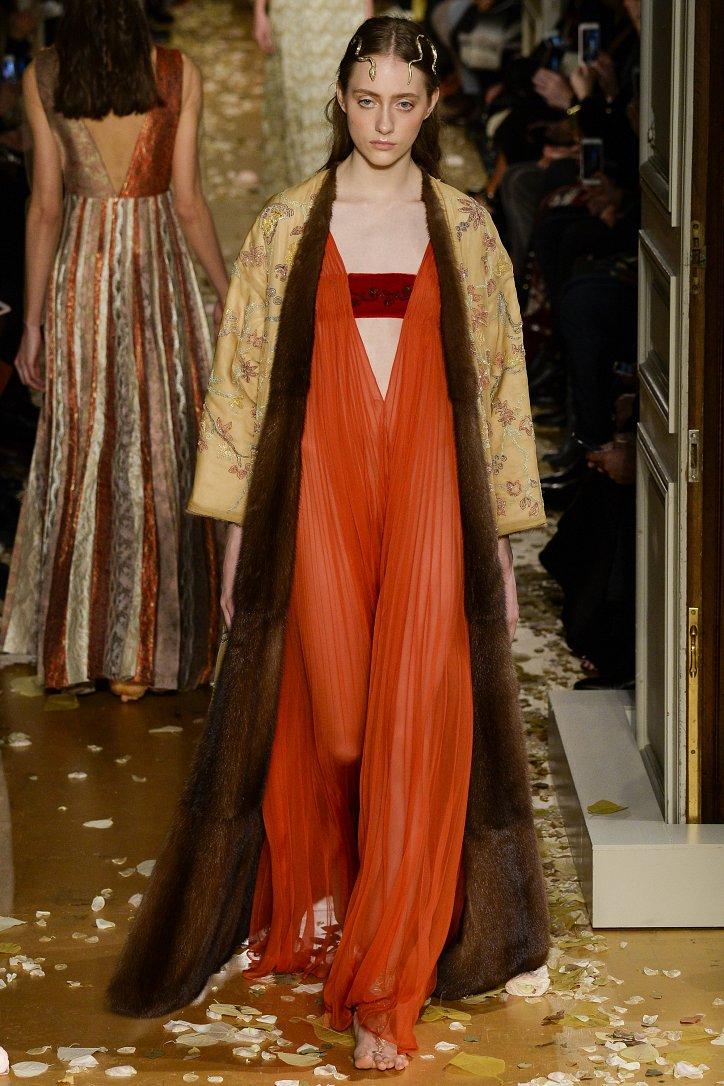 Valentino Haute Couture весна 2016 фото №17