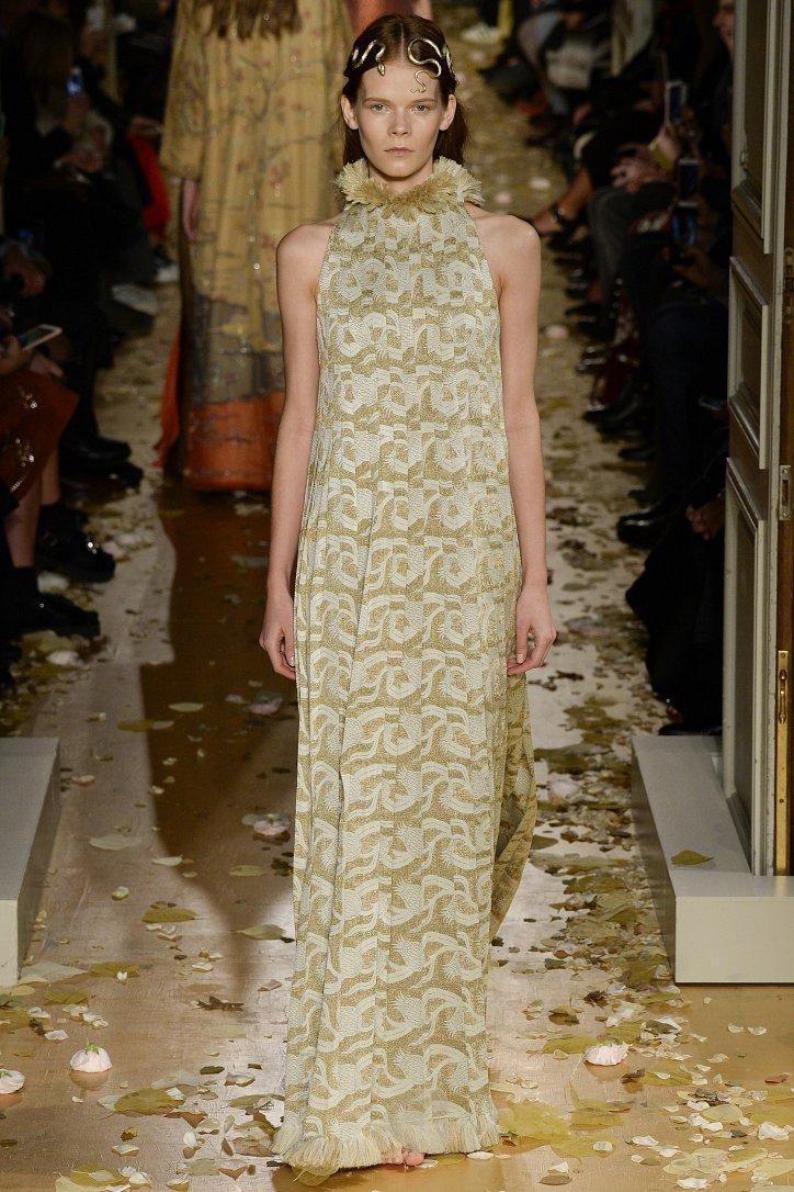 Valentino Haute Couture весна 2016 фото №18