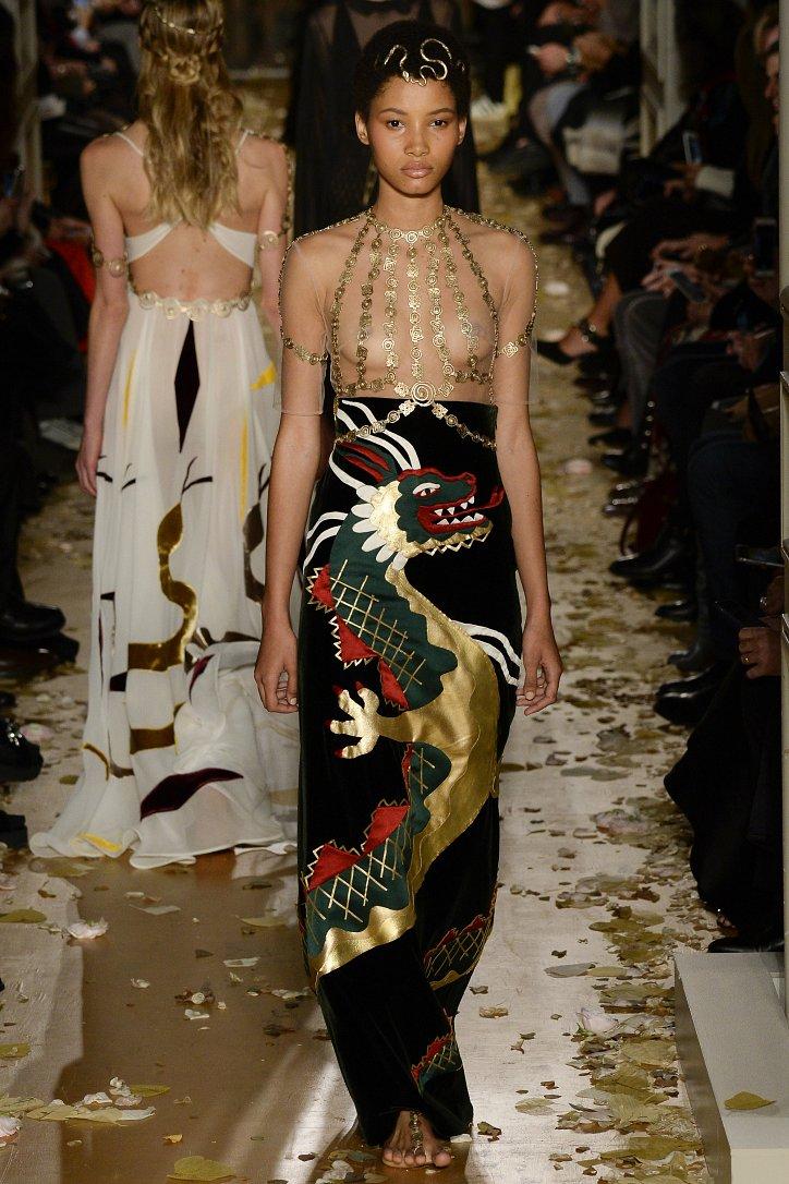 Valentino Haute Couture весна 2016 фото №30