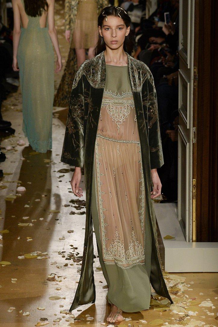 Valentino Haute Couture весна 2016 фото №34