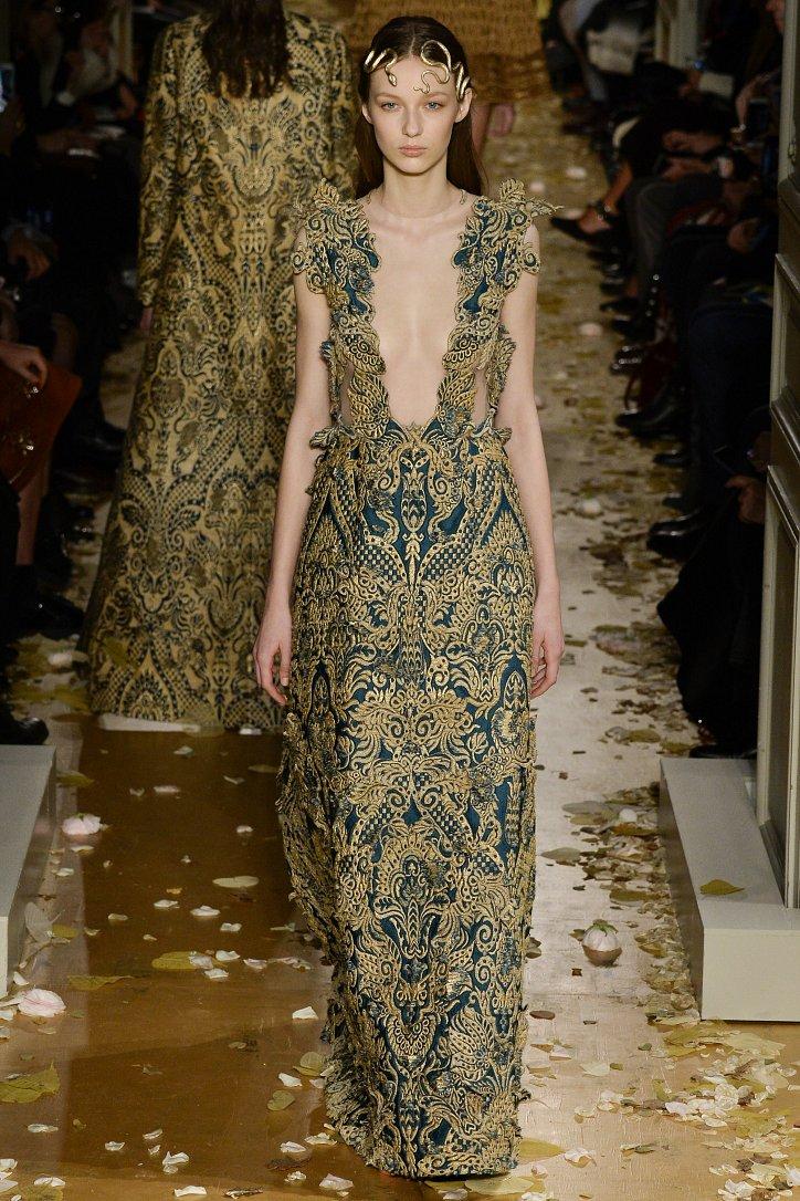 Valentino Haute Couture весна 2016 фото №36