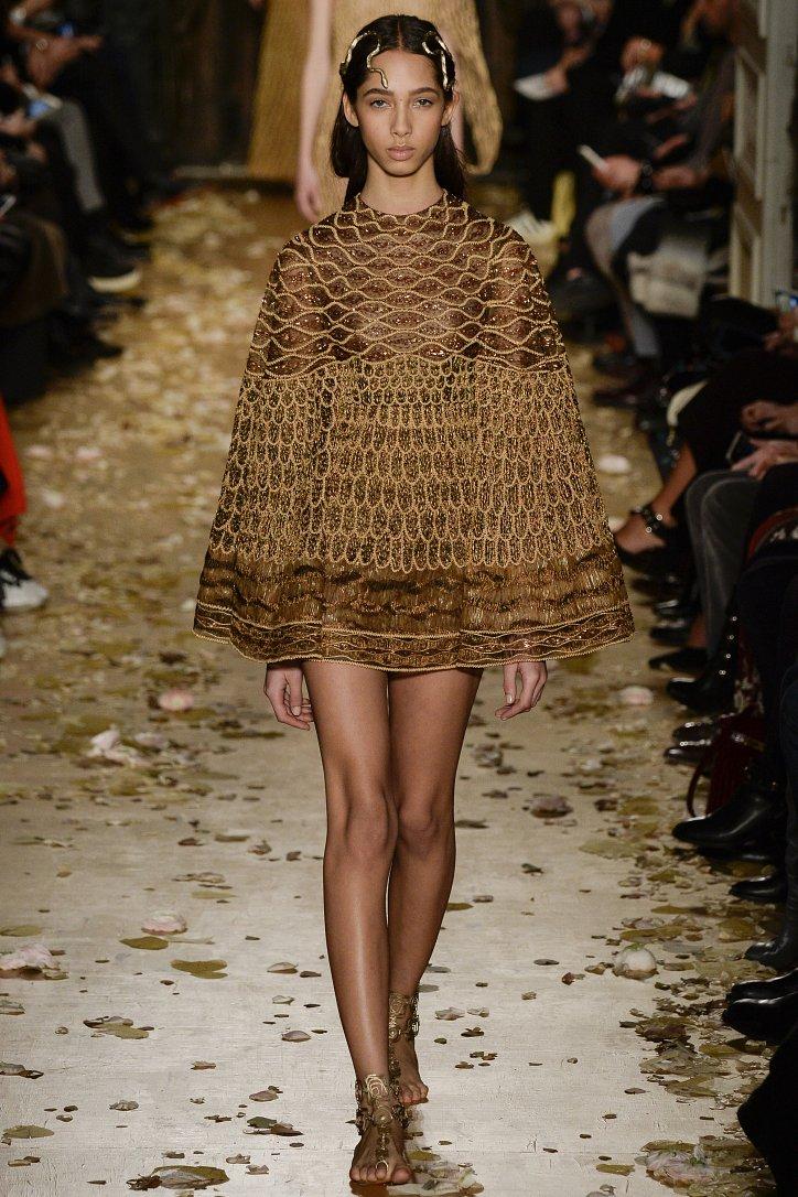 Valentino Haute Couture весна 2016 фото №37