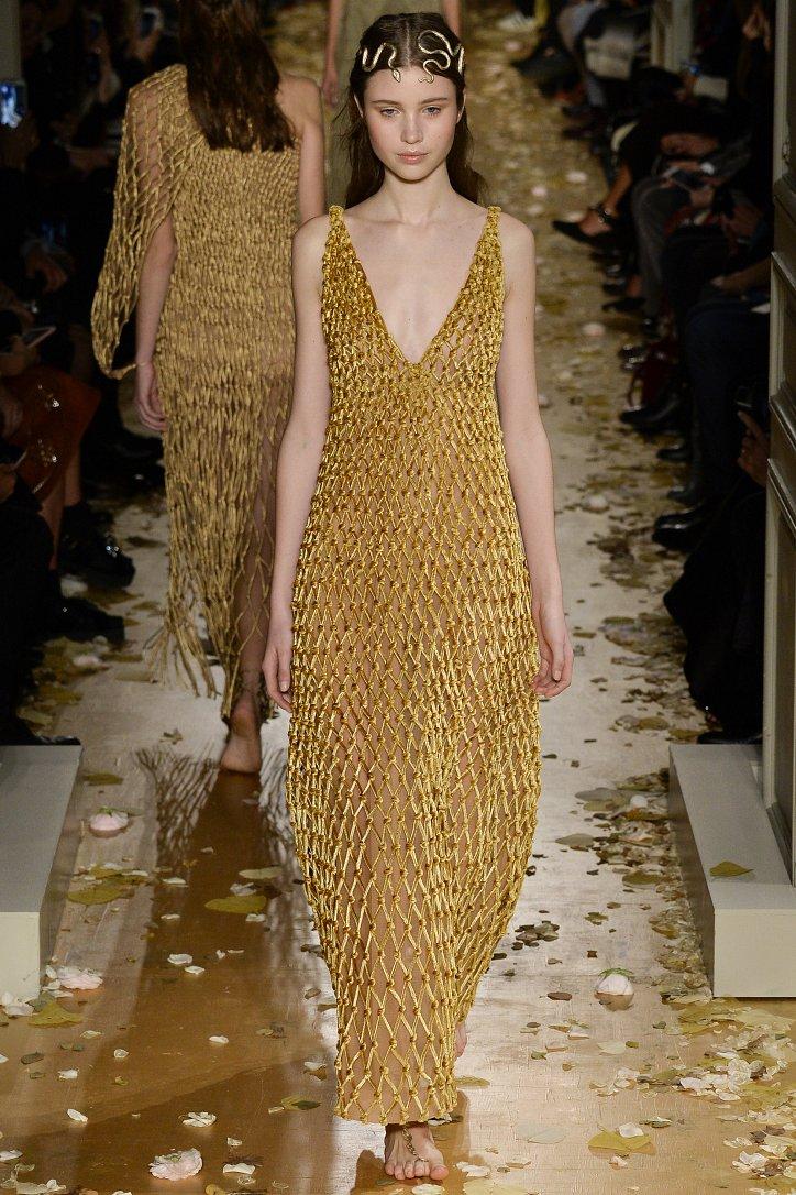 Valentino Haute Couture весна 2016 фото №39