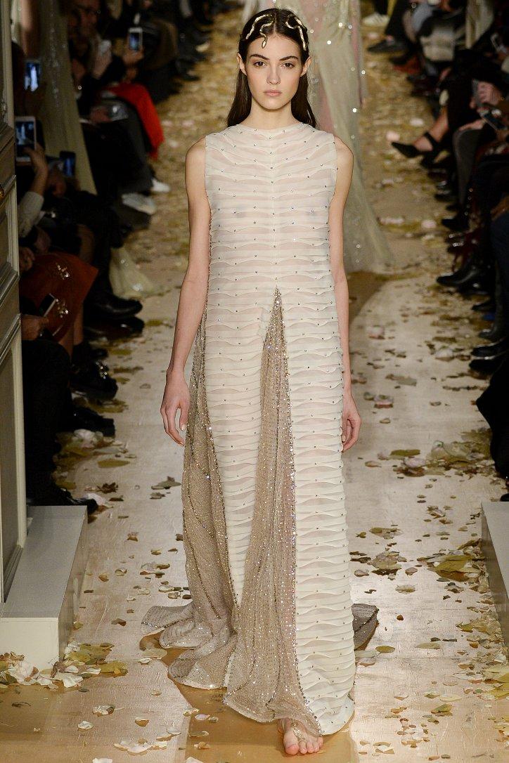 Valentino Haute Couture весна 2016 фото №61