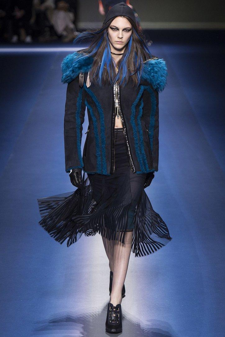 Versace осень-зима 2017-2018 фото №10