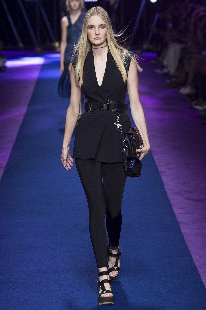 Versace весна-лето 2017 фото №6