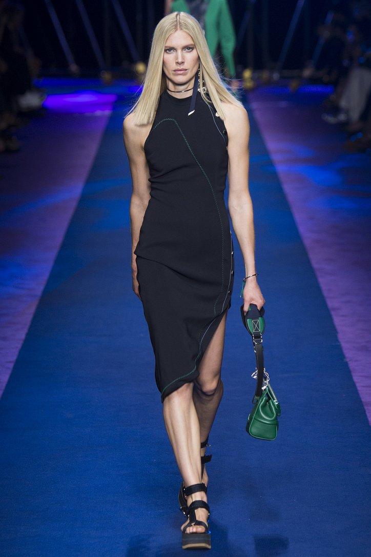 Versace весна-лето 2017 фото №11
