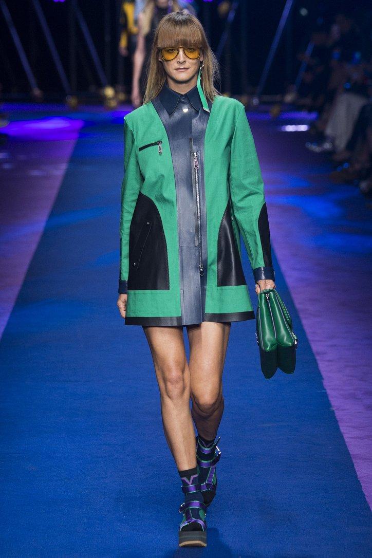 Versace весна-лето 2017 фото №12