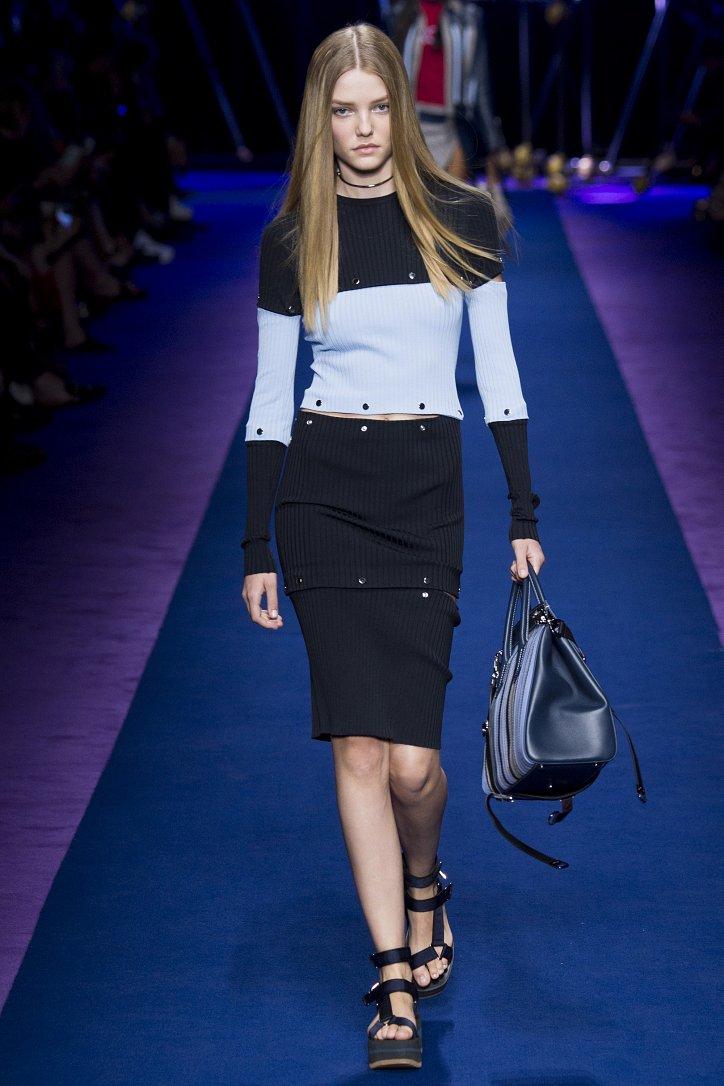 Versace весна-лето 2017 фото №31