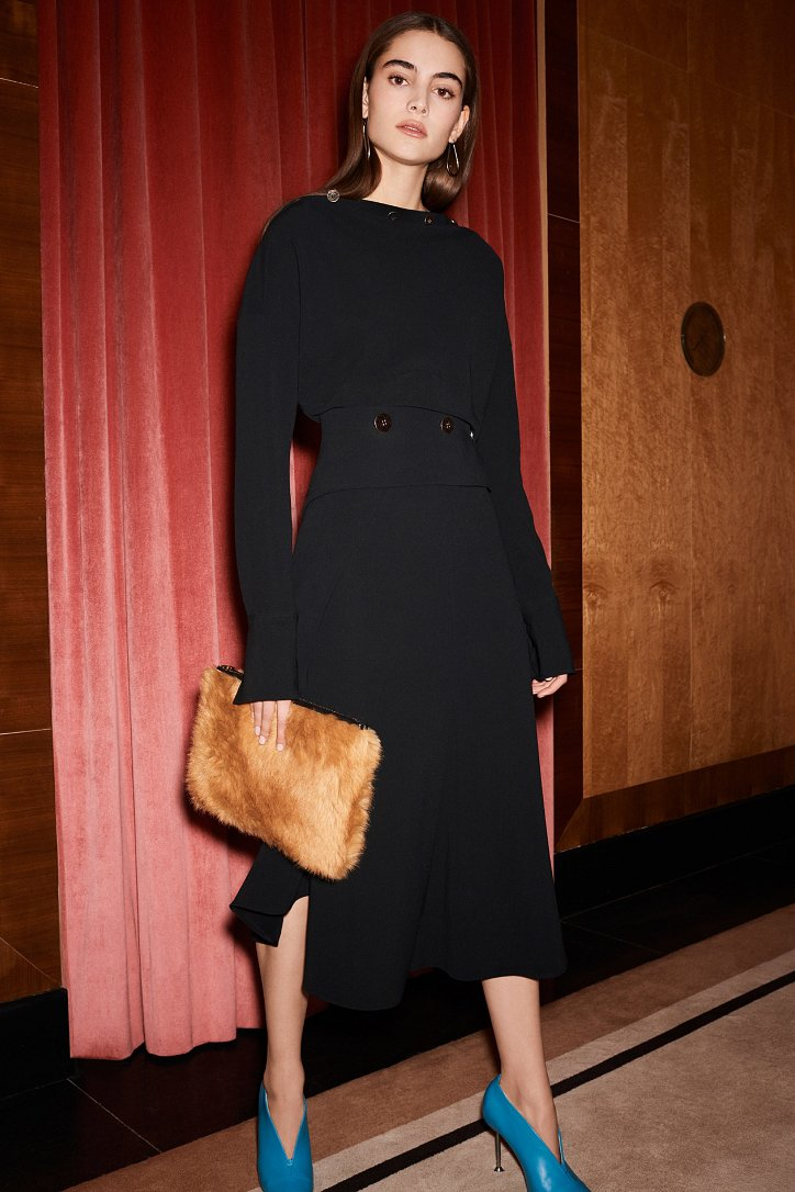 Victoria Beckham pre-fall 2017 фото №4