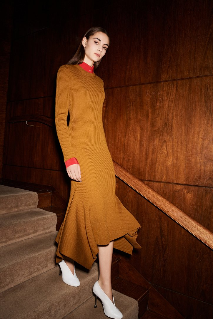 Victoria Beckham pre-fall 2017 фото №5