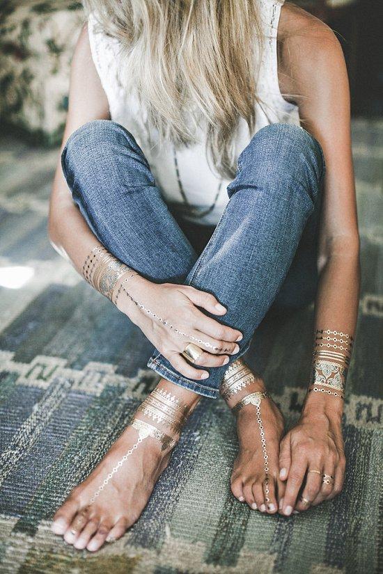 Временные металлические татуировки - модный тренд сезона фото №20