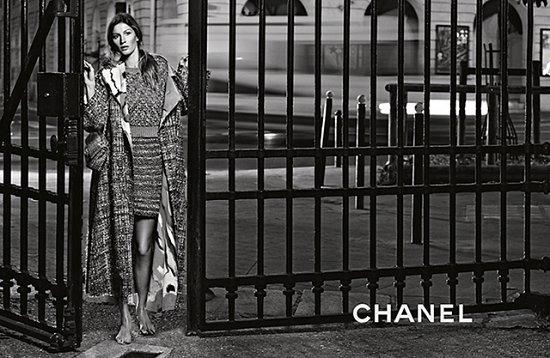 Жизель Бундхен в рекламной кампании Chanel весна-лето 2015 фото №8