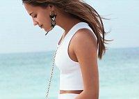 Алисия Викандер в рекламной кампании круизной коллекции Louis Vuitton